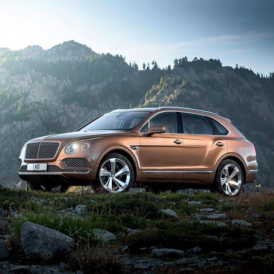 Кроссовер Bentley Bentayga в России
